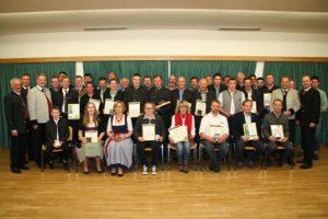 Für ihre besonderen züchterischen Erfolge erhielten Züchter Staatspreise und ZAR-Preise.