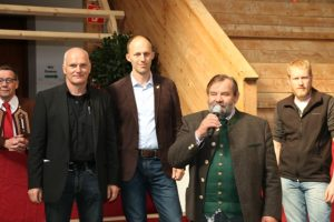 Karl Scholler und Thierry Kolb übten mit Bravour das Preisrichteramt aus (Foto: Sendlhofer)